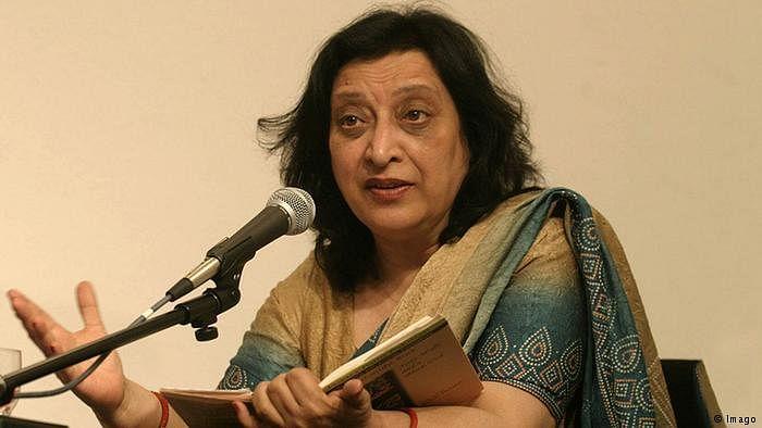 پاکستانی شاعرہ فہمیدہ ریاض، تصویر سوشل میڈیا
