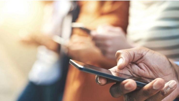 سال 2018 : سوشل میڈیا پر علاقائی زبانوں کا مواد دیکھنے میں مردوں کی رہی بالادستی
