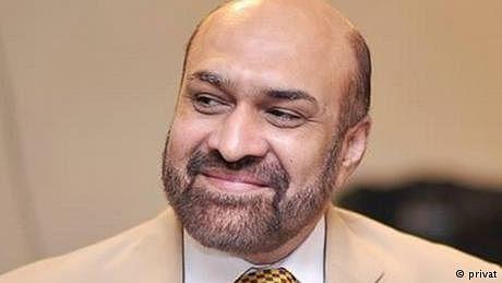 ریاستی اداروں پر'تنقید' کی پاداش،صحافی رضوان رضی بھی گرفتار
