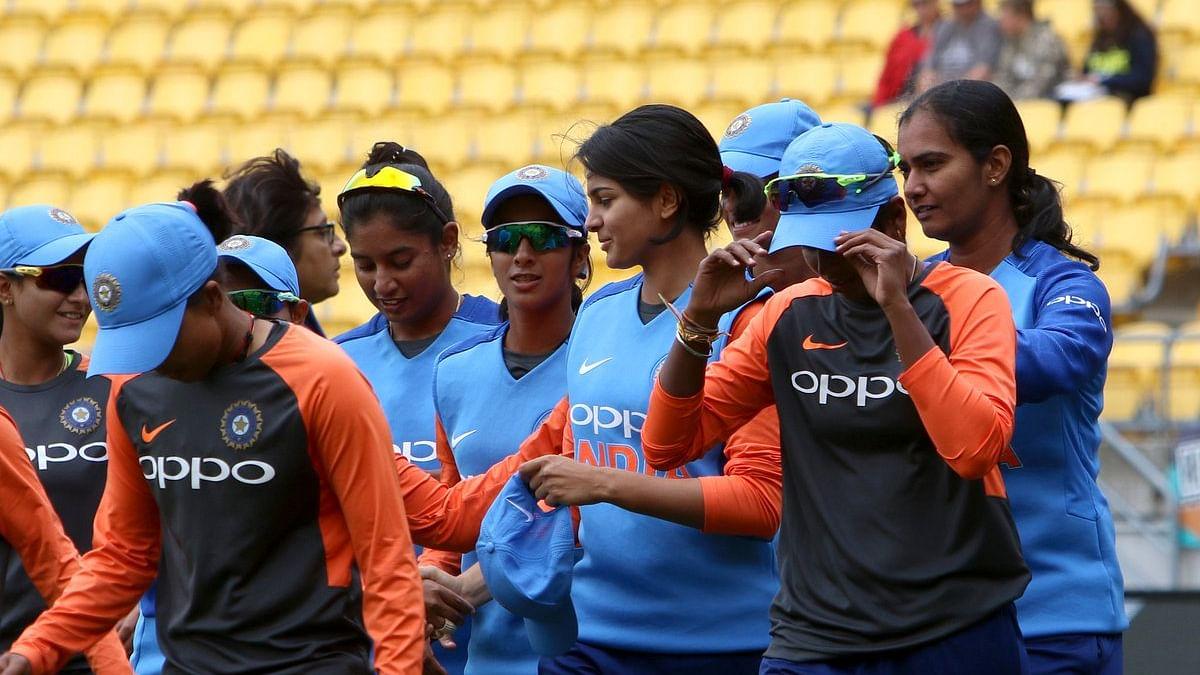 دوسرا ٹی-20: ہندوستانی خاتون ٹیم کو جیتنے کے لئے تنازعہ سے باہر آنے کی ضرورت