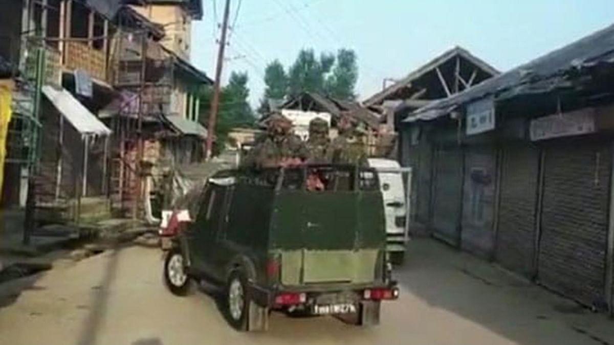 کشمیر: کپواڑہ میں مسلح تصادم 2 ملی ٹینٹوں اور 5 سیکورٹی اہلکار کی ہلاکت پر ختم