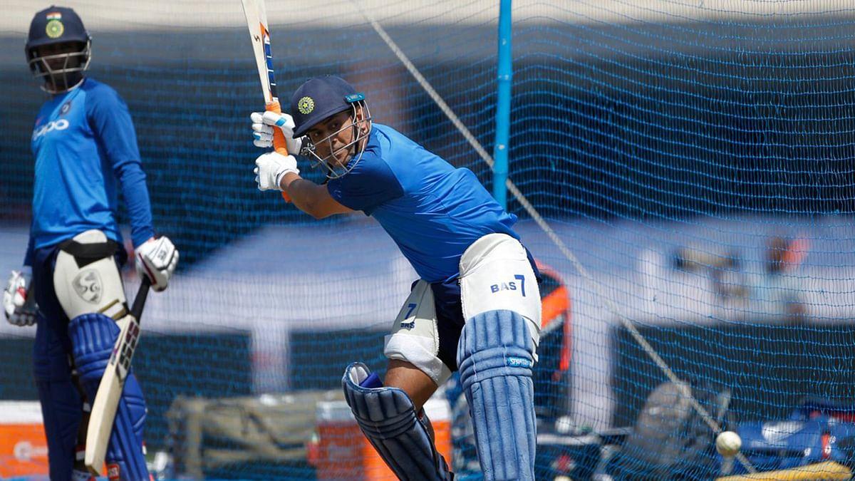 دھونی کے گھر میں سریز پر قبضہ کرنے اترے گی ٹیم انڈیا