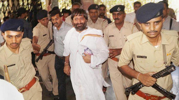 عصمت دری معاملے میں آسا رام کے بیٹے نارائن سائی کو عمر قید کی سزا