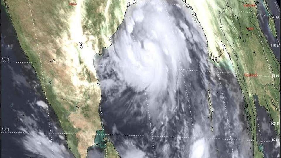 محکمہ موسمیات کا انتباہ، اگلے چھ گھنٹوں میں آسکتا ہے بھاری طوفان