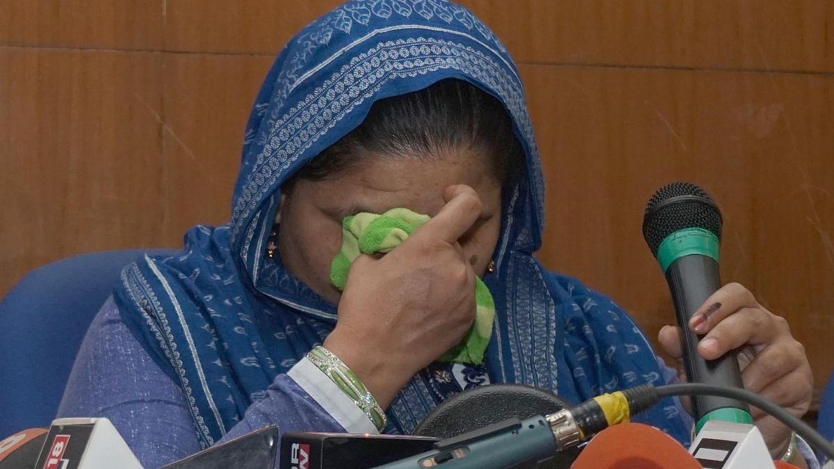 بلقیس بانو، جنھیں 17 سال بعد ملا اِنصاف، لیکن معاوضہ سے اب بھی محروم...