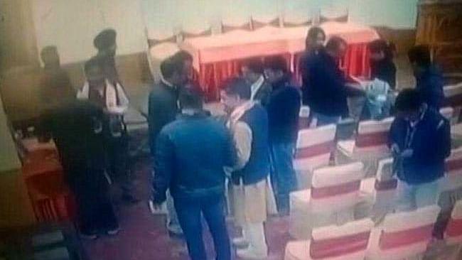 جموں و کشمیر بی جے پی کے صدر نے لیہہ کے صحافیوں کو دی رشوت، ابتدائی جانچ میں تصدیق!