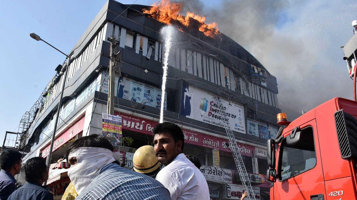 سورت آتشزدگی: ہلاک شدگان کی تعداد 23 ہوئی، کوچنگ سینٹروں کو بند کرنے کا حکم