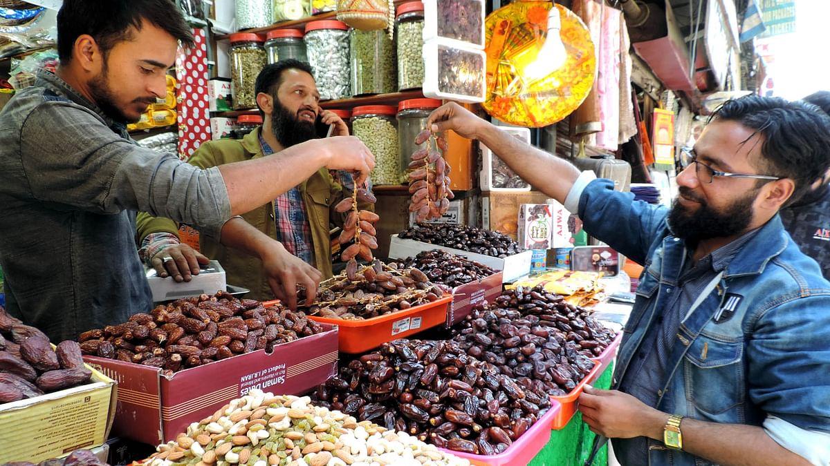 جموں و کشمیر: رمضان المبارک کی آمد، بازاروں میں چہل پہل