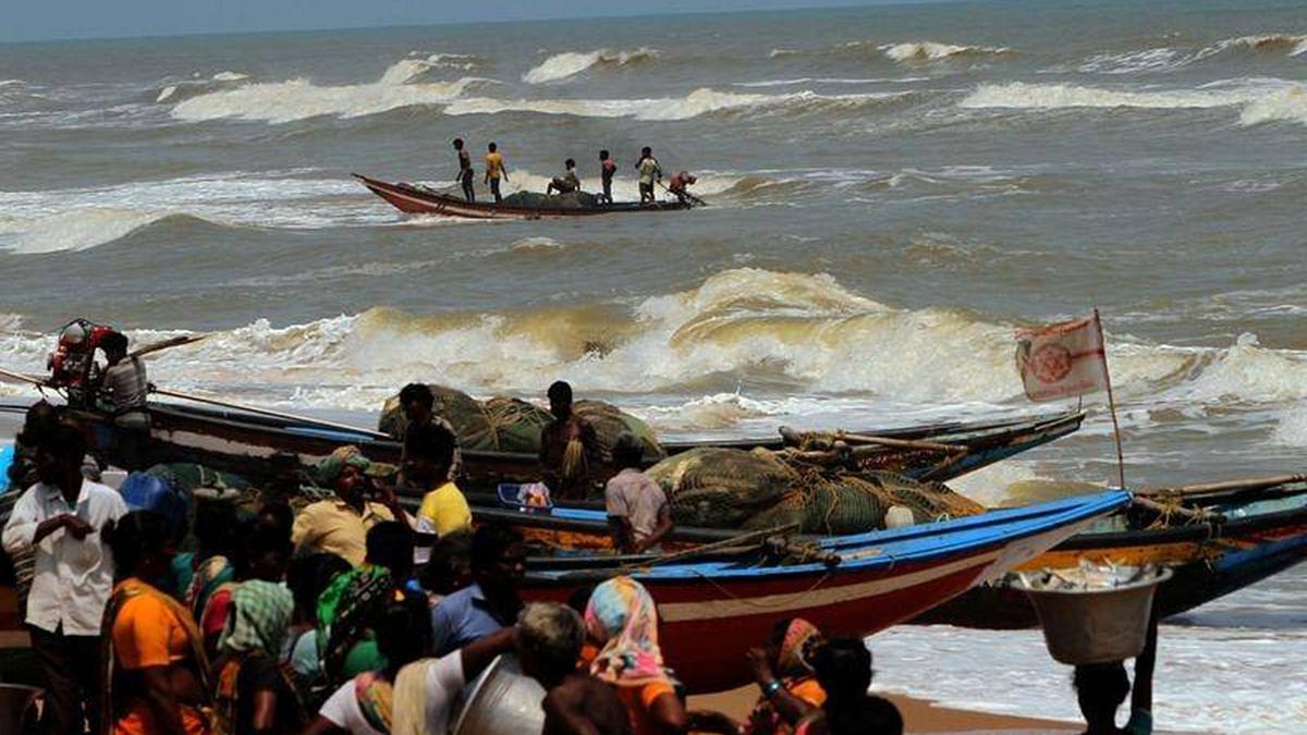 فانی طوفان: اب تک 37 افراد جاں بحق، 5.80 لاکھ گھر تباہ، 1.48 کروڑ لوگ متاثر