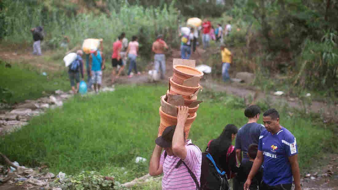 'وینزویلا سے 40 لاکھ لوگوں کی نقل مکانی'
