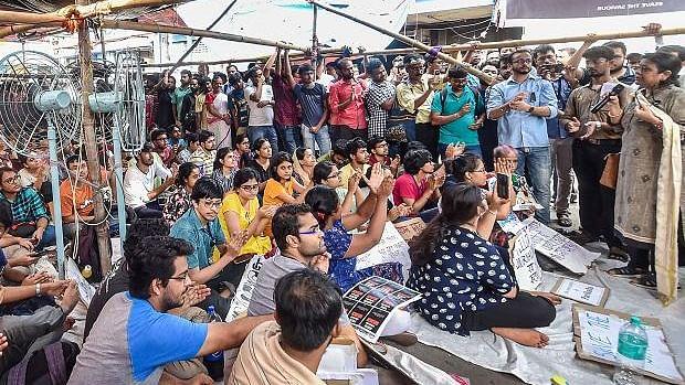 بنگال: جونیئر ڈاکٹروں کی ہڑتال ختم، سرکاری اسپتالوں میں خدمات بحال