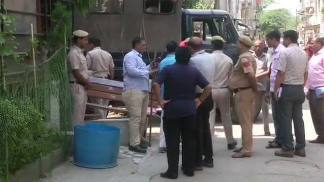 دہلی میں بزرگ جوڑے اور ملازمہ کا بہیمانہ قتل، علاقہ میں سنسنی