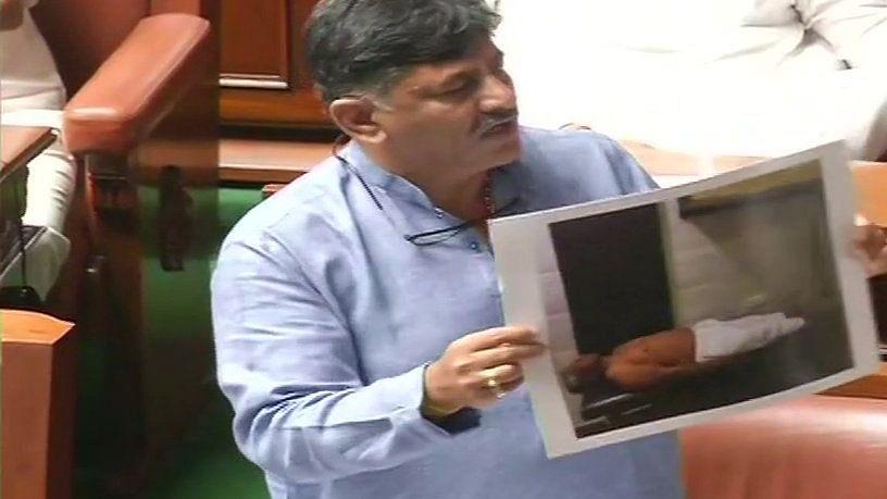 کرناٹک فلور ٹیسٹ: اسمبلی کی کارروائی جمعہ 11 بجے تک ملتوی