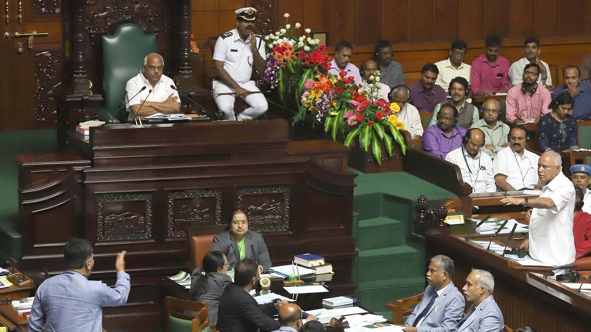 کرناٹک فلور ٹیسٹ: اسمبلی کی کارروائی ملتوی، اسپیکر کا پیر کو 'ووٹنگ' کرانے کا فیصلہ