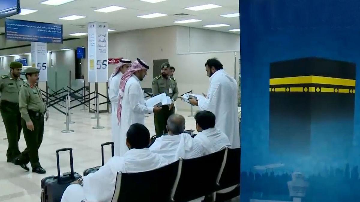 قطر میں متعلقہ حکام حج کے خواہش مند قطری شہریوں کی روانگی کو آسان بنائیں: سعودی عرب