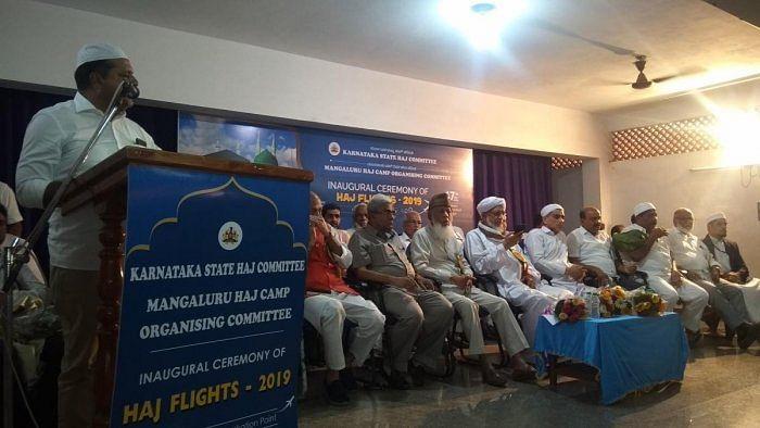 کرناٹک کے 423 عازمین حج  حیدرآباد سے مدینہ  کے لئے روانہ