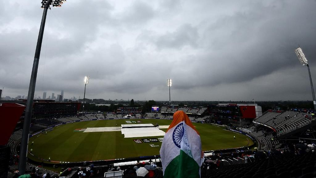 عالمی کپ: بارش کے باعث انڈیا-نیوزی لینڈ سیمی فائنل معطل، کل پھر سے ہوگا شروع