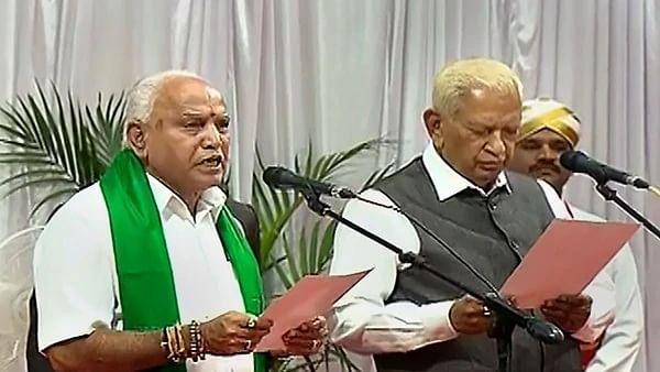کرناٹک: کیا فلور ٹیسٹ میں بی جے پی میں بغاوت ہو سکتی ہے؟