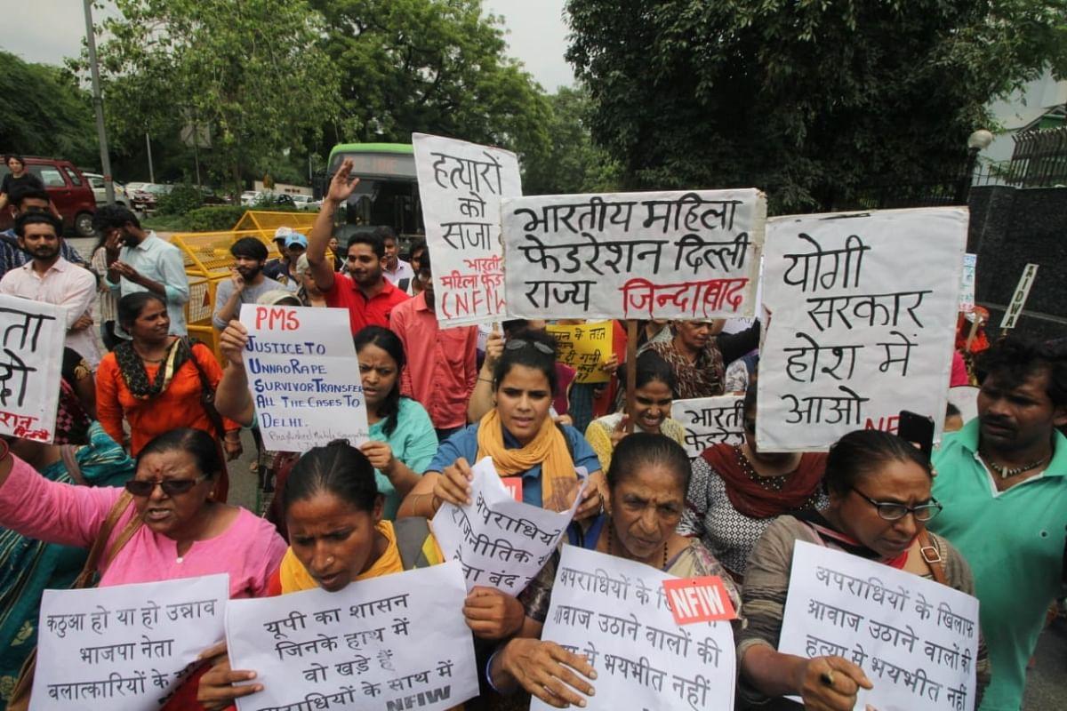 اناؤ عصمت دری واقعہ: ملزم رکن اسمبلی کو لے کر بی جے پی کٹہرے میں