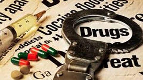 جموں و کشمیر: بڈگام میں کثیر مقدار میں منشیات برآمد، دو منشیات فروش گرفتار
