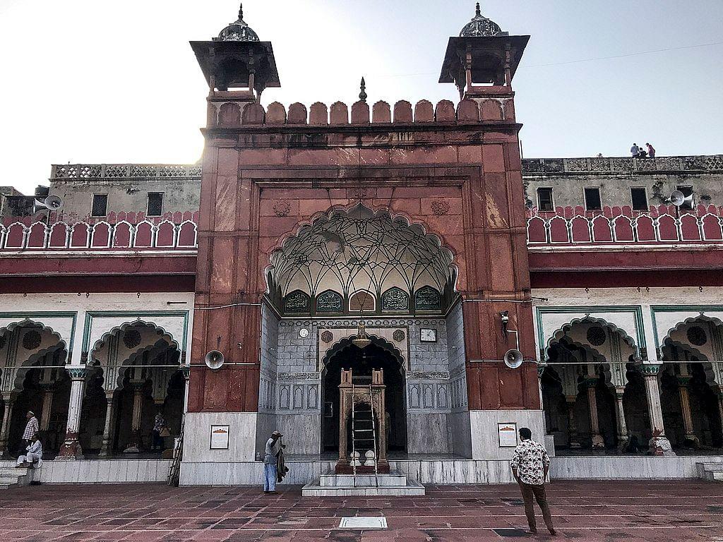 فتح پوری چوک: پرانی دہلی میں لاہور اور کراچی کی مٹھائیاں!