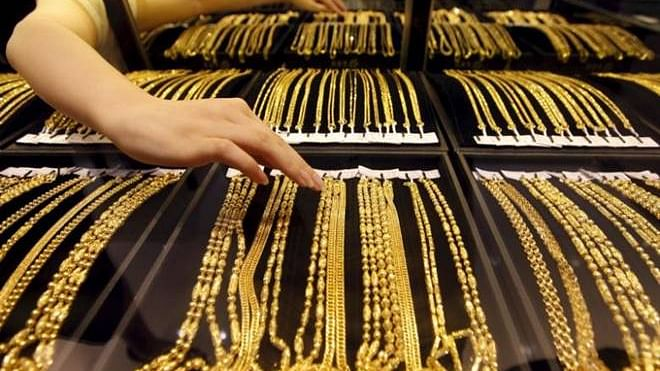 سونے کی قیمت پہلی مرتبہ 40 ہزار روپے فی تولہ سے پار!