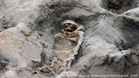 صدیوں قبل قربان کیے گئے سینکڑوں بچوں کی جسمانی باقیات دریافت