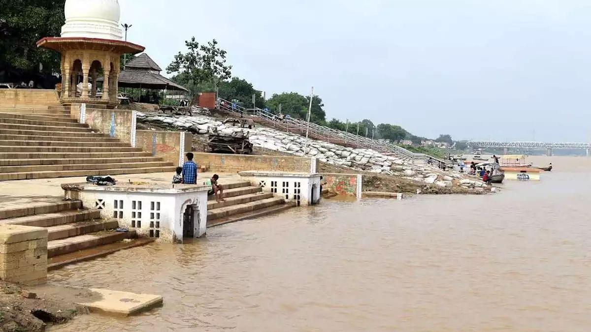 الہ آباد: گنگا-جمنا میں طغیانی، آبی سطح میں دو میٹر سے زیادہ کا اضافہ
