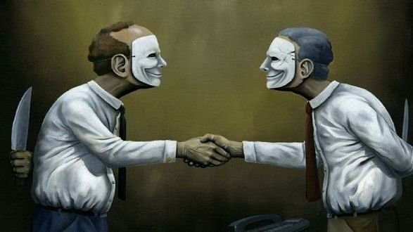 دو چہروں والا انسان، سماج کے لئے خطرناک