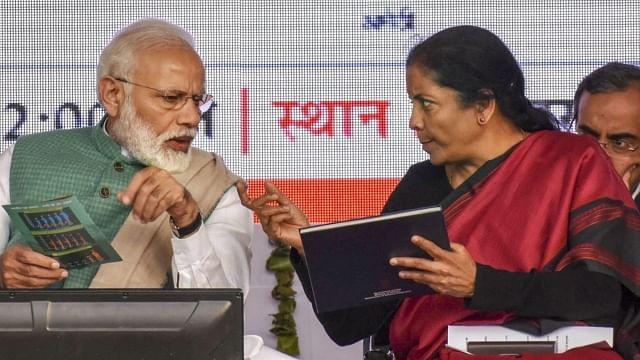 اچھے دن کا 'بھونپو'  بجانے والی بی جے پی حکومت نے معیشت کو پنکچر کر دیا: پرینکا گاندھی