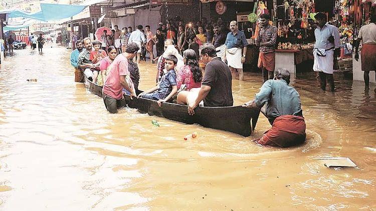 کیرالہ میں شدید بارش اور سیلاب کا قہر جاری، اب تک 102 شخص جاں بحق