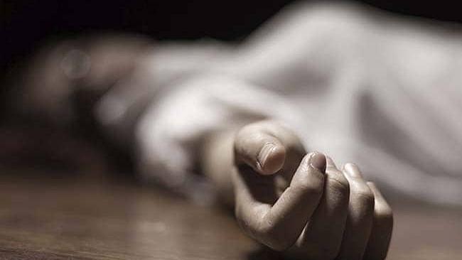 خودکشی نوٹ لکھ کر 36 سالہ خاتون نے اسپتال کی پانچویں منزل سے لگائی چھلانگ