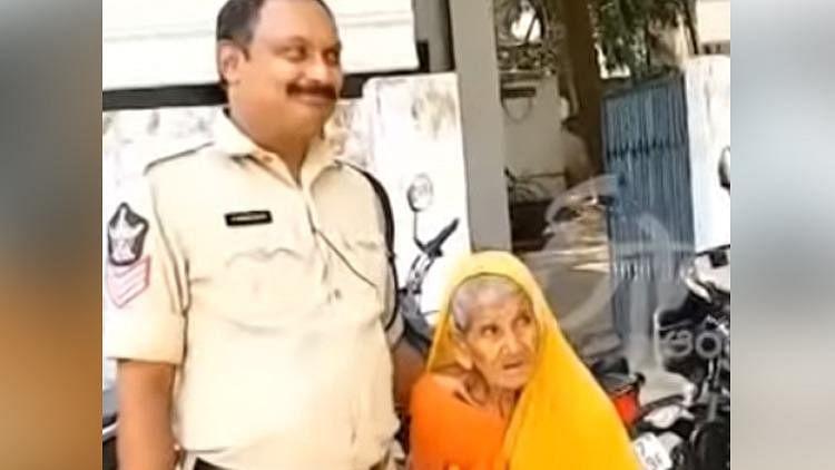 چار دہائیوں تک پولس اسٹیشن میں رہنے والی 80 سالہ خاتون کو پُر نم الوداعیہ