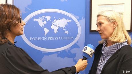 بھارت پابندیاں ہٹائے اور کشمیریوں سے بات کرے، امریکا