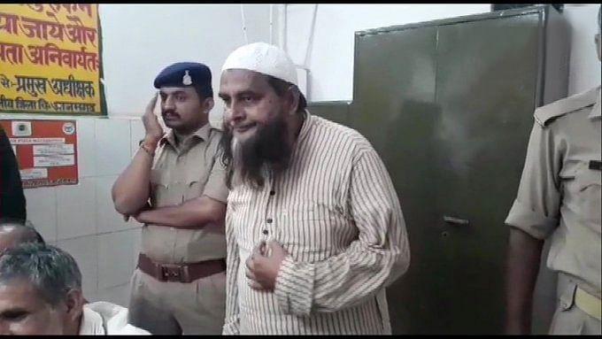 سیمی کے سابق صدر ڈاکٹر شاہد بدر اعظم گڑھ سے گرفتار