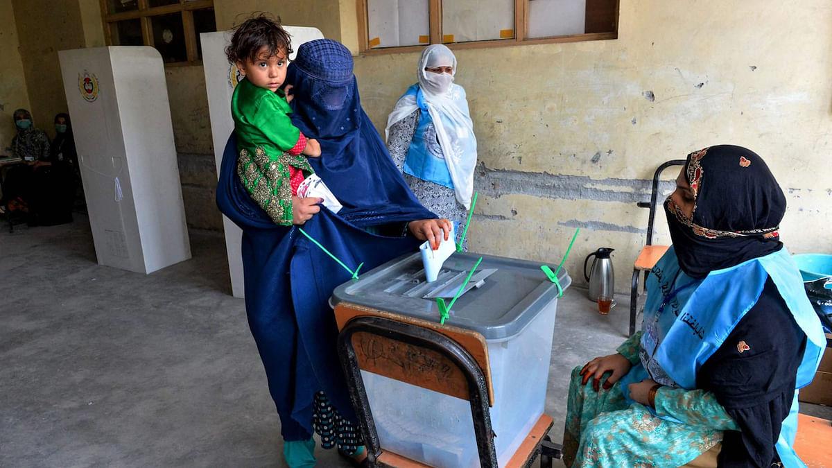افغانستان: صدارتی انتخابات کے لئے ووٹنگ کے دوران دھماکہ، 16 افراد زخمی