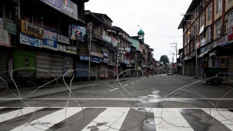جموں و کشمیر: محرّم سے قبل کرفیو جیسے حالات، خوفزدہ حکومت نے لگائیں کئی پابندیاں!