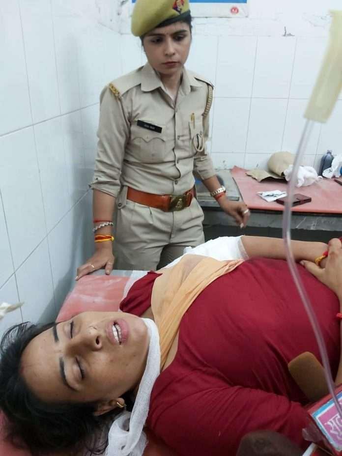 یوگی راج میں پولس بھی غیر محفوظ! خاتون کانسٹیبل کو ماری گئی گولی