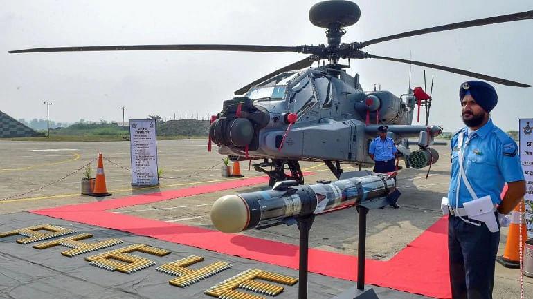 ہندوستانی فضائیہ میں آٹھ اپاچی ہیلی کاپٹر شامل