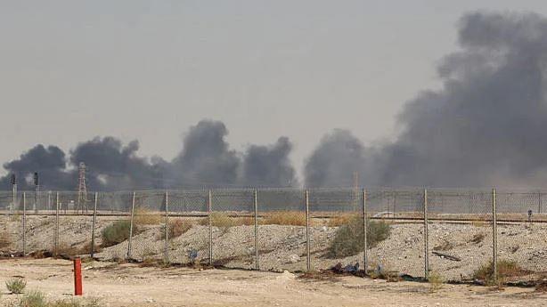سعودی عرب نے تیل پلانٹوں پر حملے کی تحقیقات کے لیے بین الاقوامی ماہرین کو دی دعوت