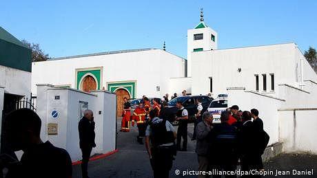 فرانس میں ایک مسجد کے باہر فائرنگ، دو زخمی