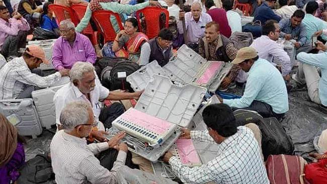 اسمبلی انتخابات: مہاراشٹر، ہریانہ کے انتخابی نتائج کا اعلان آج، گنتی 8 بجے سے شروع