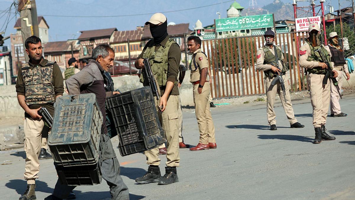 کشمیر: سری نگر میں گرینیڈ حملہ، خاتون سمیت 7 افراد زخمی