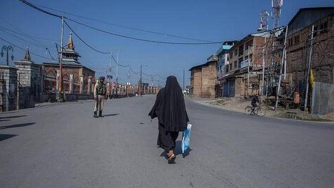کشمیر میں ہڑتال کا 78 واں دن، موبائل خدمات ایک بار پھر معطل ہونے کا امکان