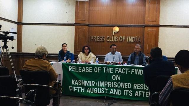 کشمیر ایکسکلوزیو: پریس کی آزادی پوری طرح ختم، عدلیہ بھی نہیں آزاد