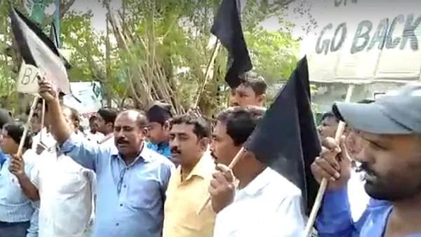 گورنر مغربی بنگال جگدیپ دھنکر کو مرشدآباد میں دکھائے کالے جھنڈے