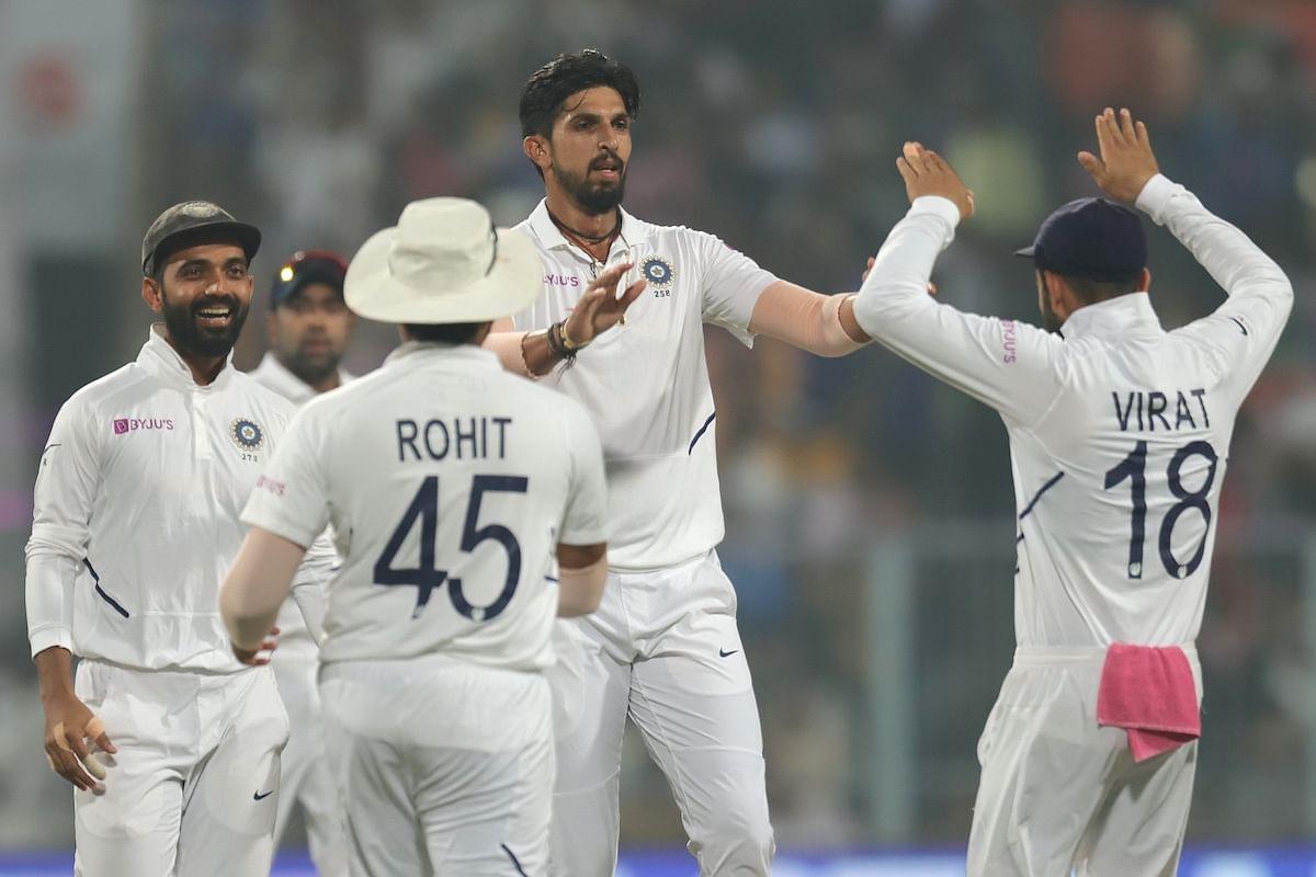 تازہ ترین اطلاعات کے مطابق بنگلہ دیش نے اپنی دوسری اننگ میں 100 رن سے پہلے ہی چار وکٹ کھو دئے ہیں۔