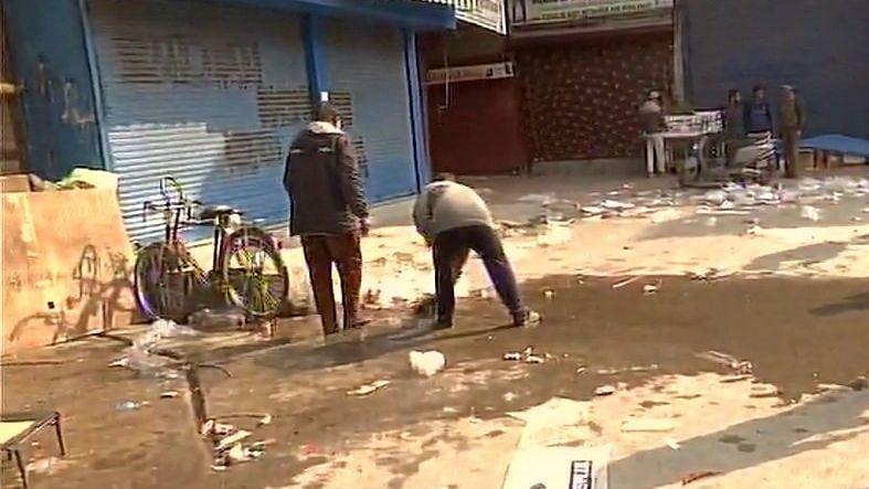 سری نگر: ملی ٹنٹوں کے گرینیڈ دھماکہ میں ایک غیر کشمیری شخص ہلاک، 20 دیگر زخمی