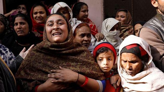 میرٹھ:  پولیس کی گولی سے شہید ہوئے لوگوں کے اہل خانہ کی امداد کرے گا دہلی وقف بورڈ