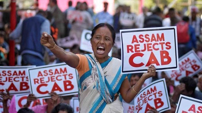 ملک بھر میں شدید احتجاج کے درمیان 'شہریت ترمیمی قانون' کو صدر کی منظوری